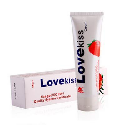 Gel bôi trơn Love Kiss hương dâu 100ml